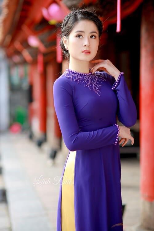 áo dài cổ tòn dính hạt đẹp